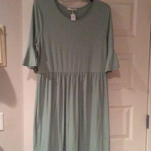 Reborn J 1x sage green dress